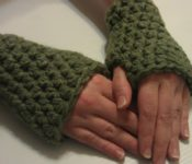 Chunky Fingerless Gloves - Artsy Daisy Designs