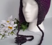Easiest Earflap Hat on Dummy